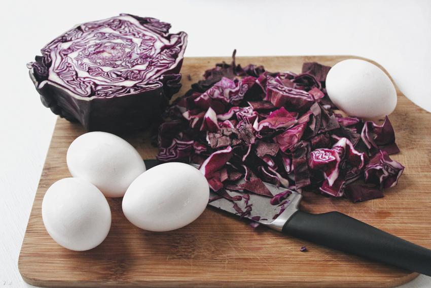 Как покрасить яйца без химии | Slow Life Blog